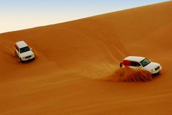 MAROC: Vf Toubkal si SAFARI 4x4 in SAHARA